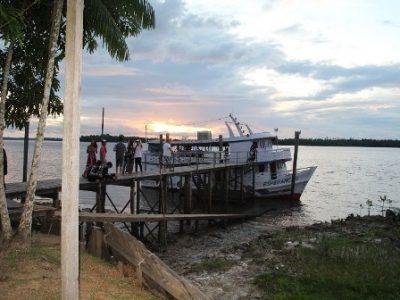 medical boat 1